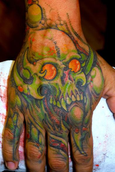 Grime Hand Skull